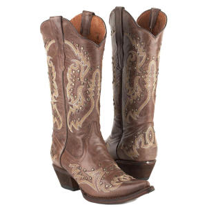 gypsy girl brown commanche boots