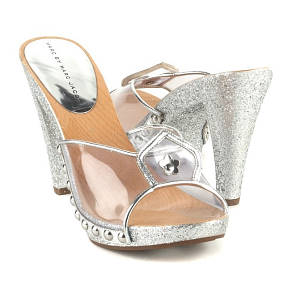 marc by marc jacobs silver heels